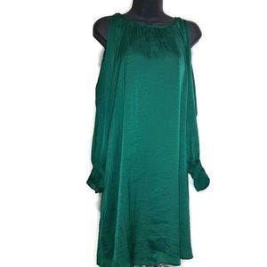 Old Navy emerald dress with open shoulder